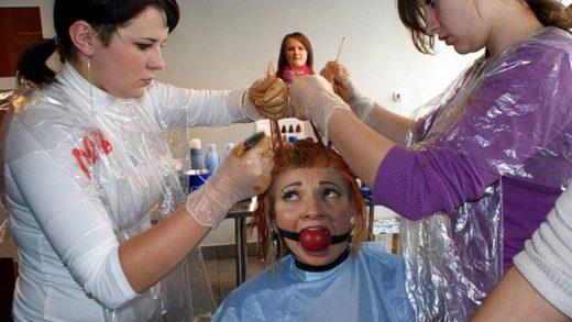 Leslie's Barbershop Visit